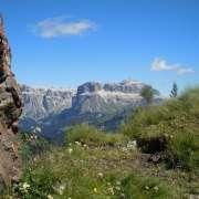 sentiero 608- panorama sul gruppo del Sella